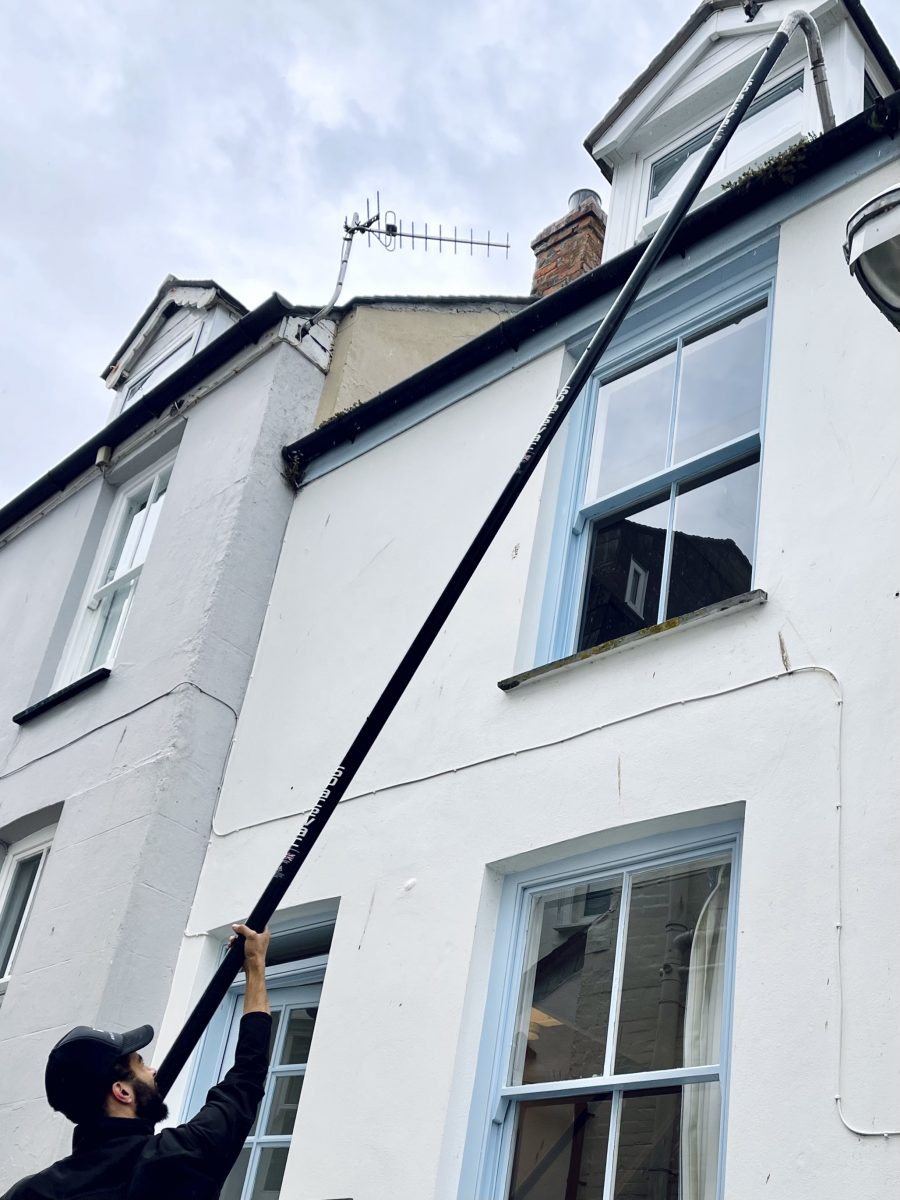 gutter clearing with a gutter vacuum